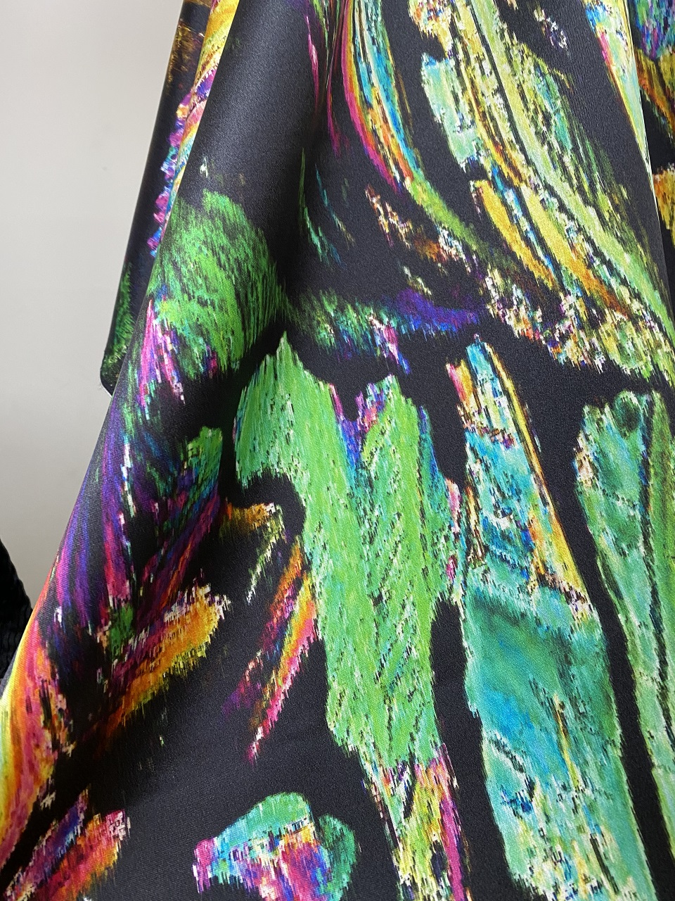 silk fabric with multiple colours print